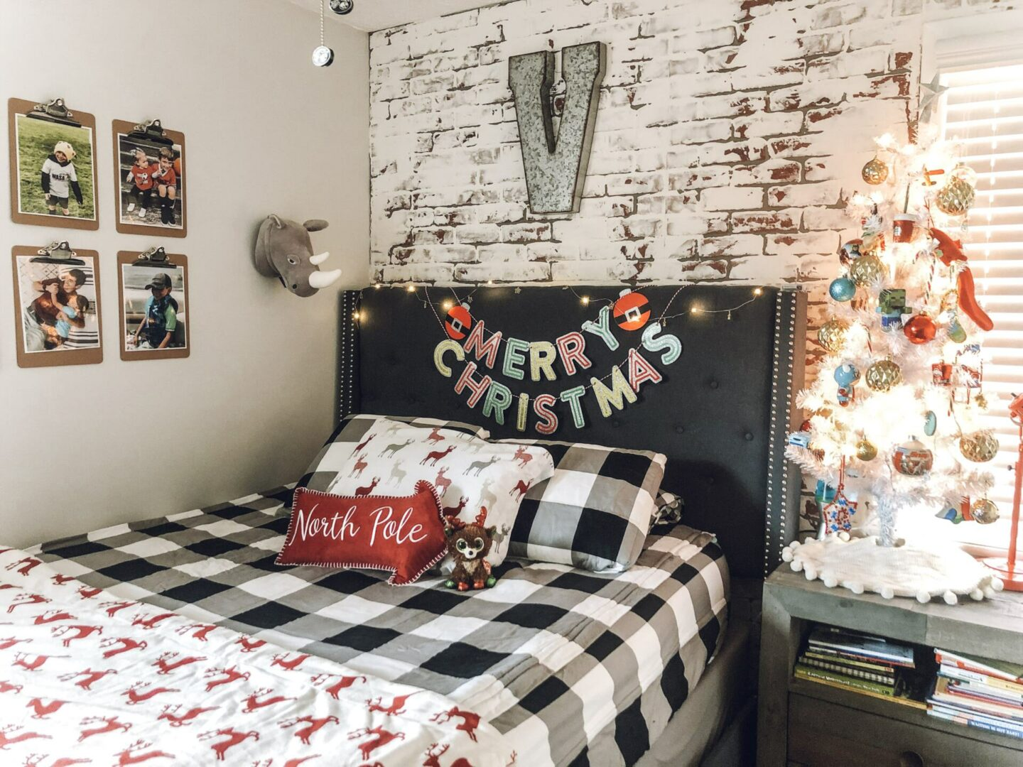 Christmas kids room
